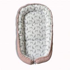 Babynestje roze gebreid / panterprint